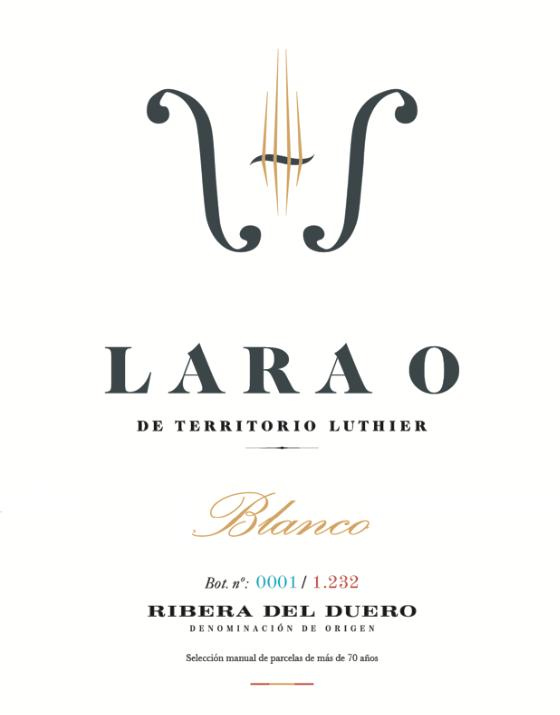 Lara O Blanco 18